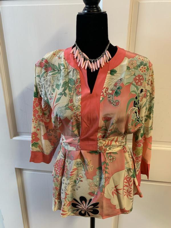 Floral Peach Mid-Sleeve Blouse