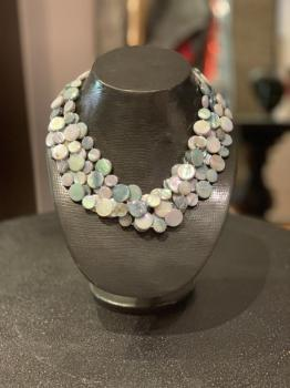 Mother of Pearl Necklace Blue/Gray