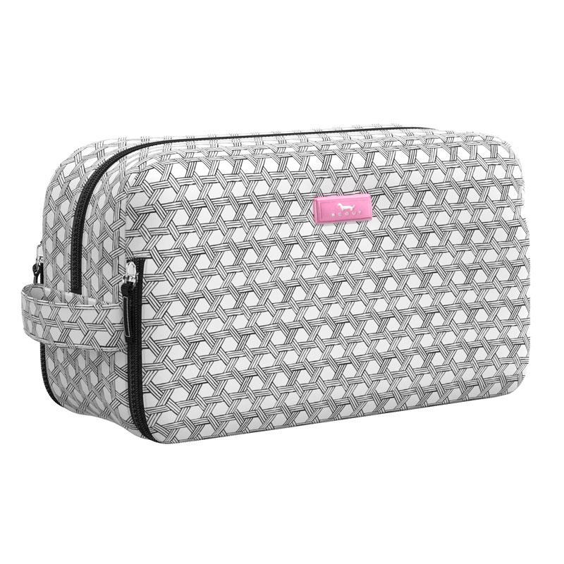 SCOUT Bags Toiletry Bag Glamazon Basket Case