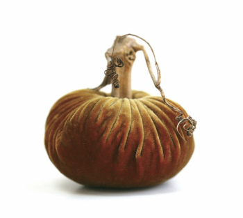 Velvet Plush Pumpkin - Curry