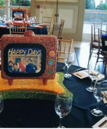 Happy Days Centerpiece