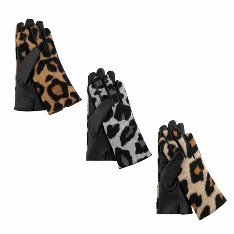 Mud Pie Leopard Gloves
