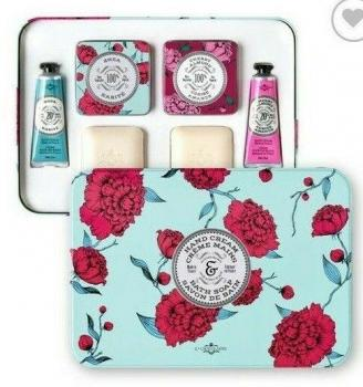 LA CHATELAINE BATH SOAP & HAND CREAM SET