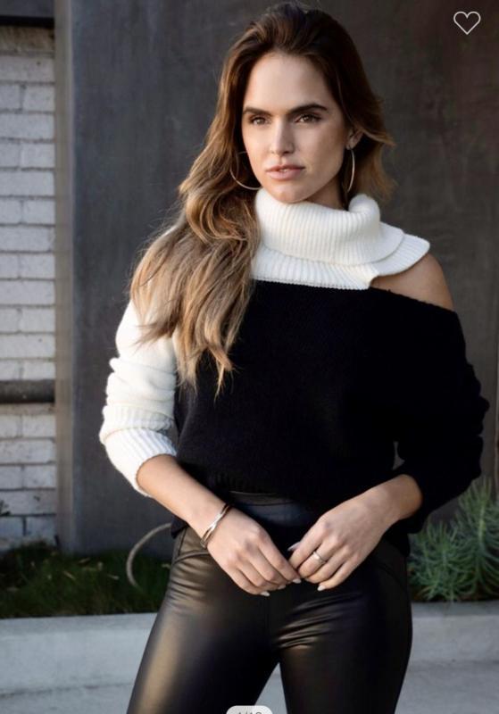 Color Block Open Collar Sweater