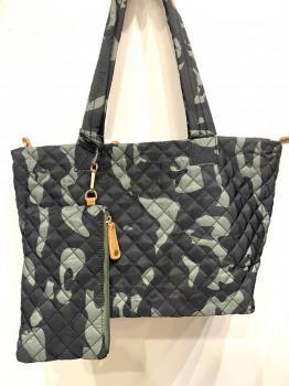 quilted tote w/ wristlet