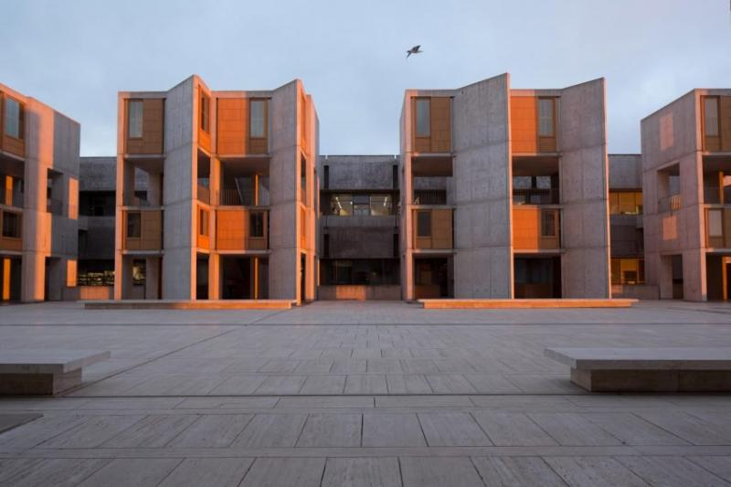 salk-institute-louis-khan-teak-restoration-california-usa dezeen 2364 col 12-852x568 1