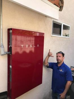 Tesla Powerwall Battery with Back Up Power Subpanel